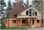 Популярность брусовых домов покрытых металлочерепицей